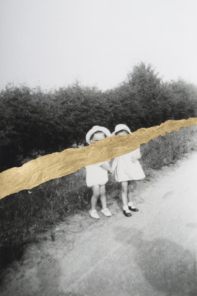 Deux petites filles, chemin