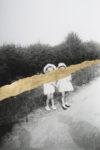 33- deux petites filles chemin - 30 x 22,5 cm